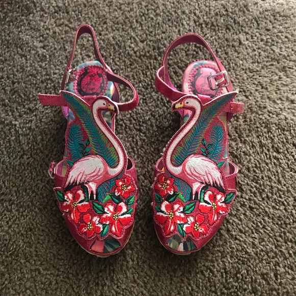 4dea6b84f6e Miss L Fire Flamingo GoGo Sandals. M 5b37c86e4ab63390f86f3143